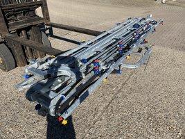12 meter spuitboom compleet, 12m met hellingscorrectie en 24 3-voudige revolverdoppen